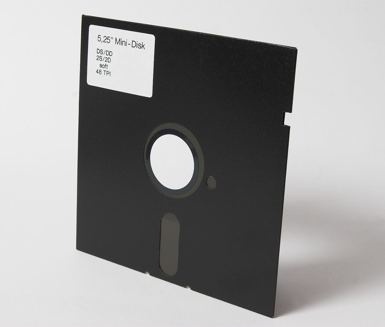 1280px-5.25--Diskette